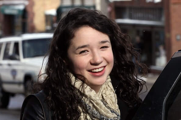 Sarah Steele awesome picture (2)