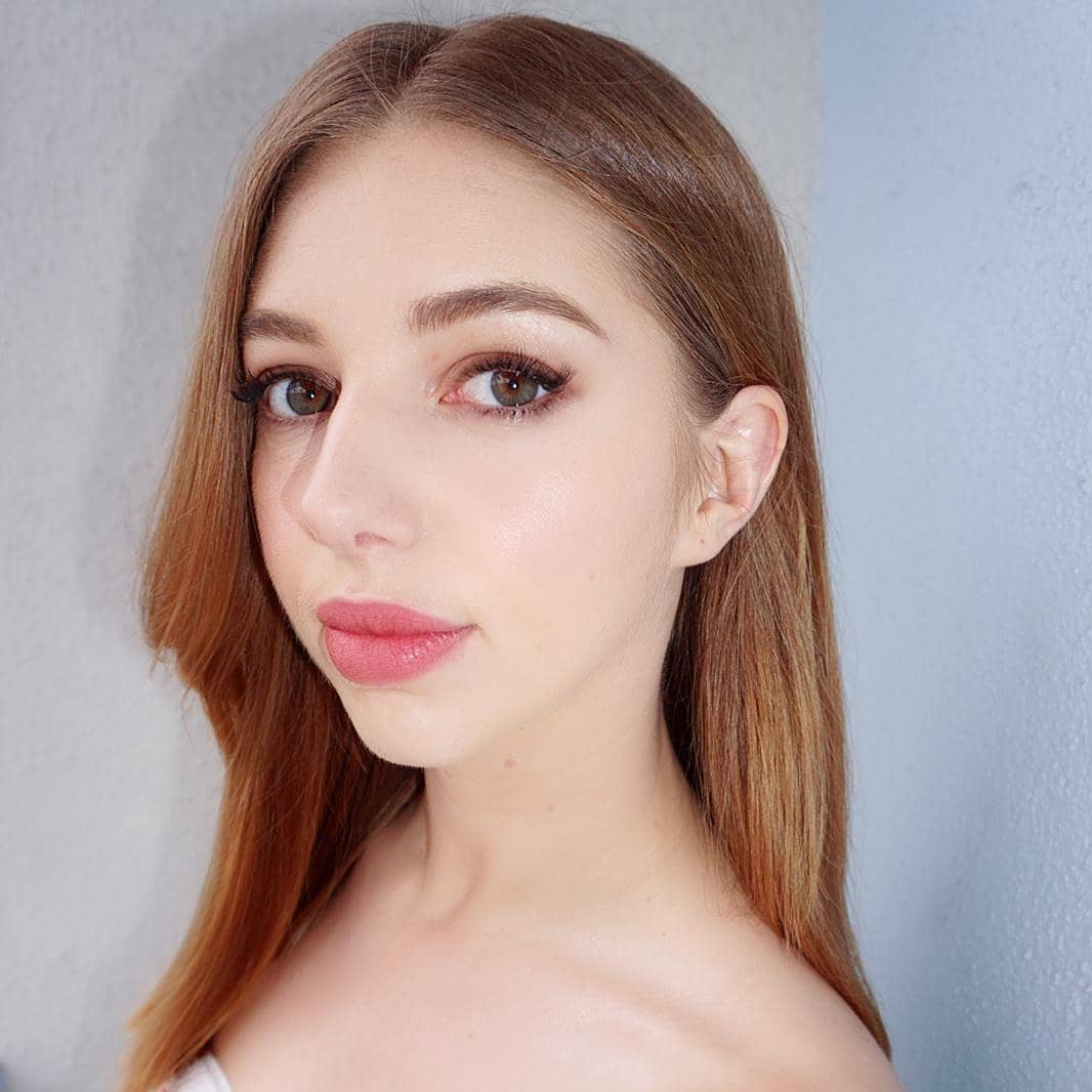Seána Kerslake awesome