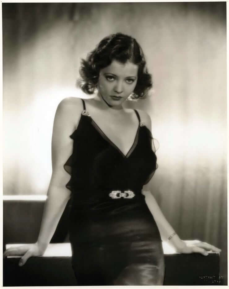 Sylvia Sidney hot look pics (2)