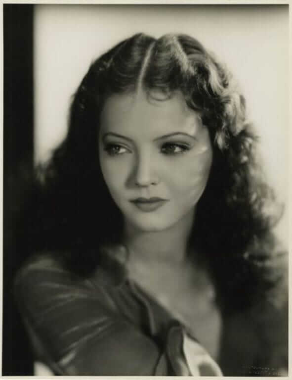 Sylvia Sidney hot look pictures (1)