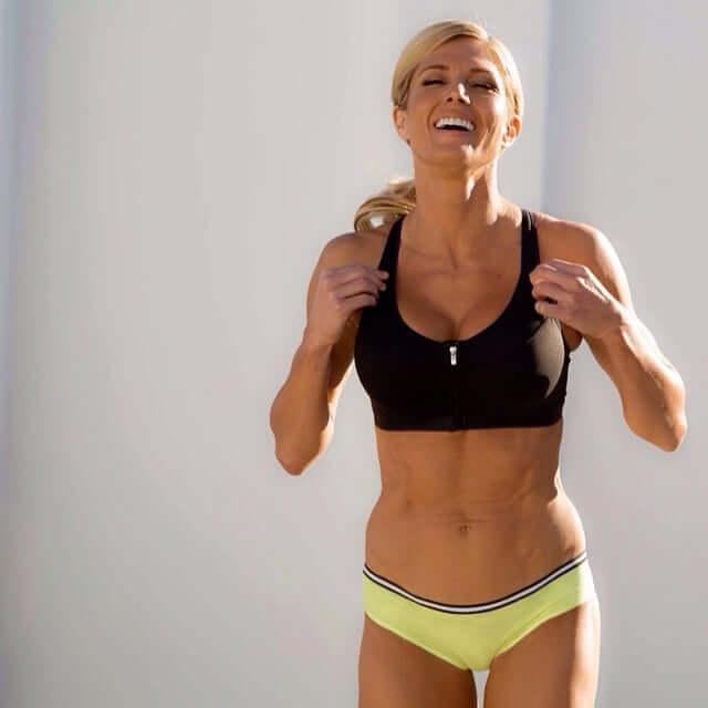 Torrie Wilson awesome thighs (2)