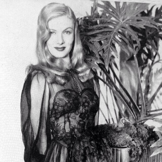 Veronica Lake awesome look