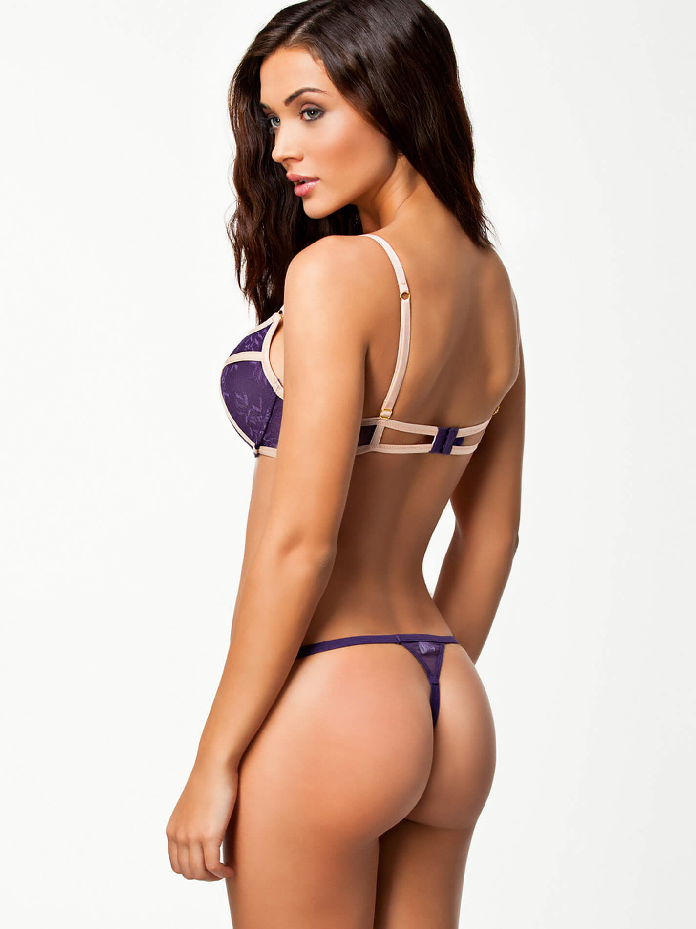 Allamericanamy Jackson 49 hottest amy jackson big butt pictures will make you want