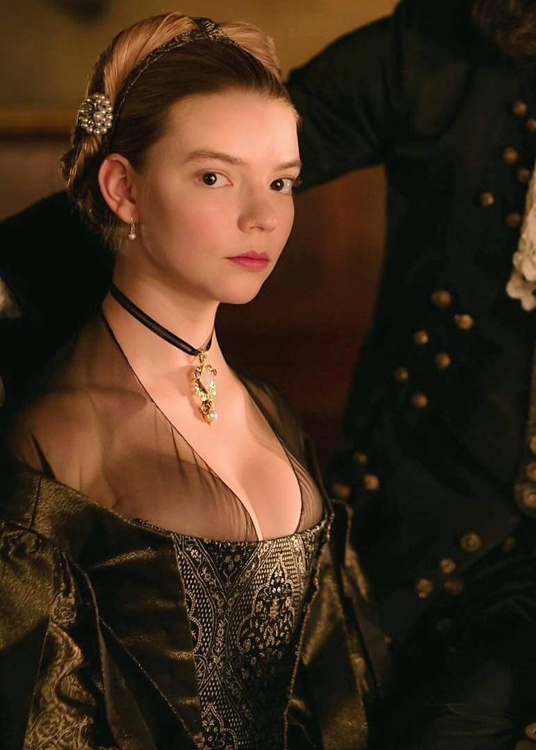 49 Sexy Anya Taylor Joy Boobs Pictures Are Just Too Damn Yummy To