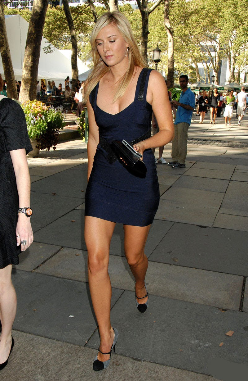 maria sharapova hot cleavage pics (2)