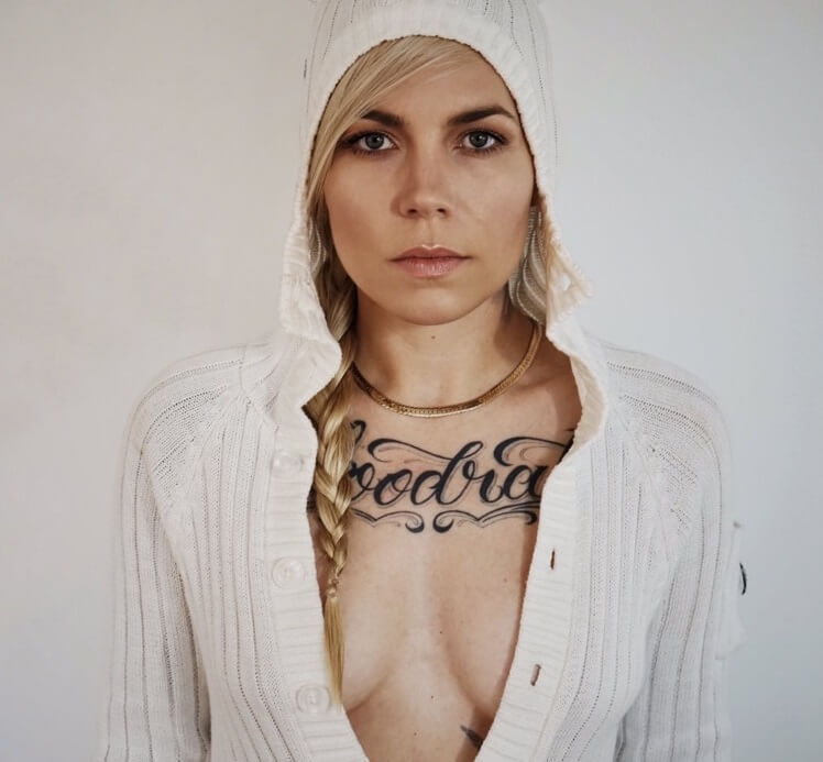 skylar grey hot photo