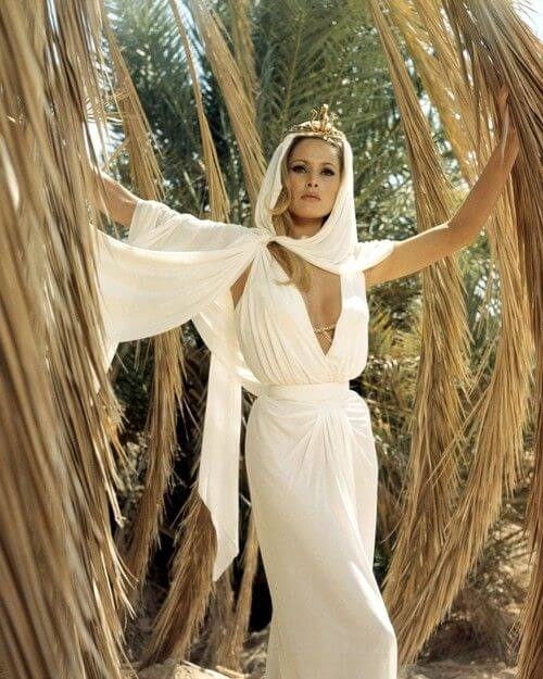 ursula-andress awesome dress