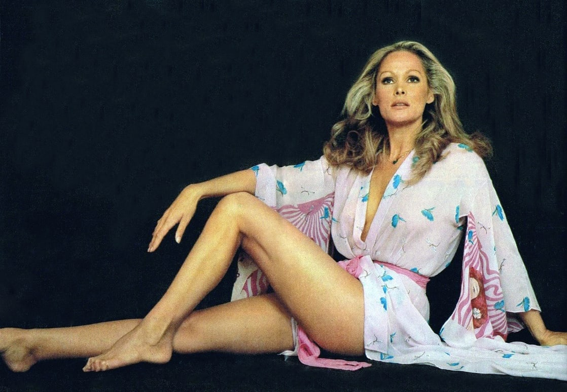 ursula-andress awesome photos