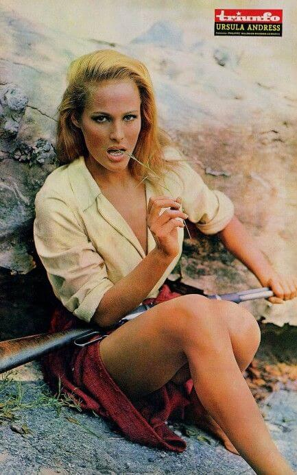 ursula-andress hot pic