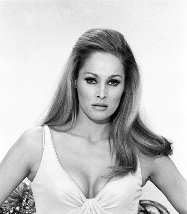 ursula-andress sexy