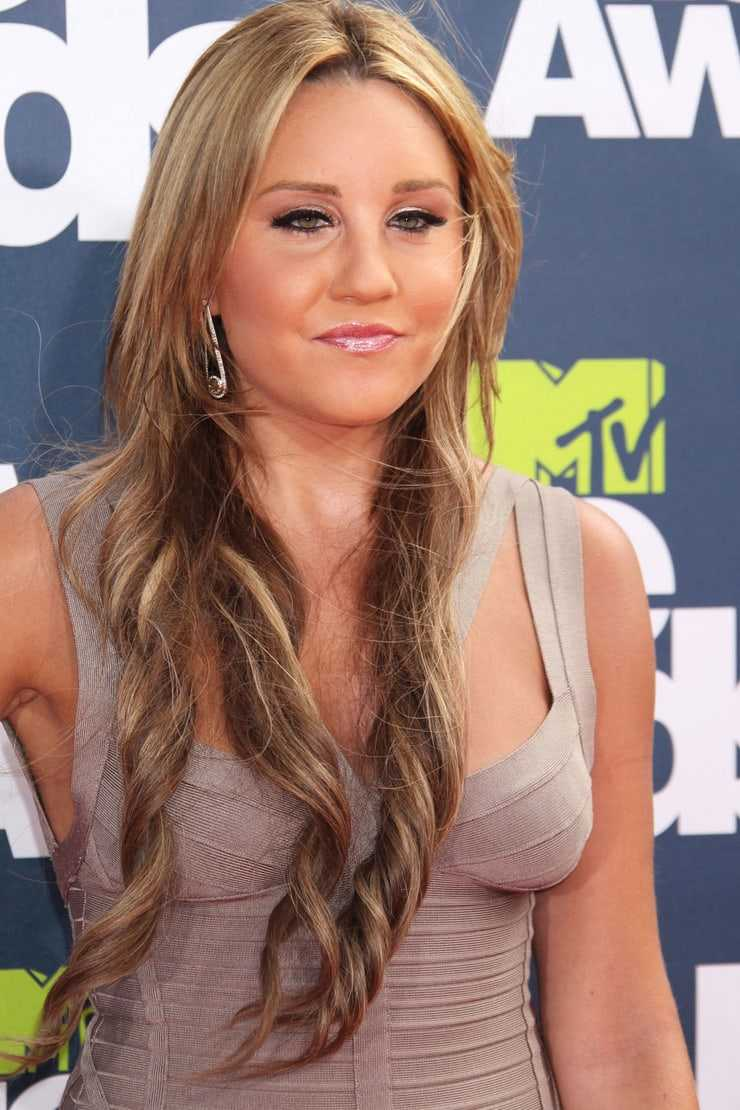 Amanda Bynes Nipples 49 hot pictures of amanda bynes are here bring back the joy