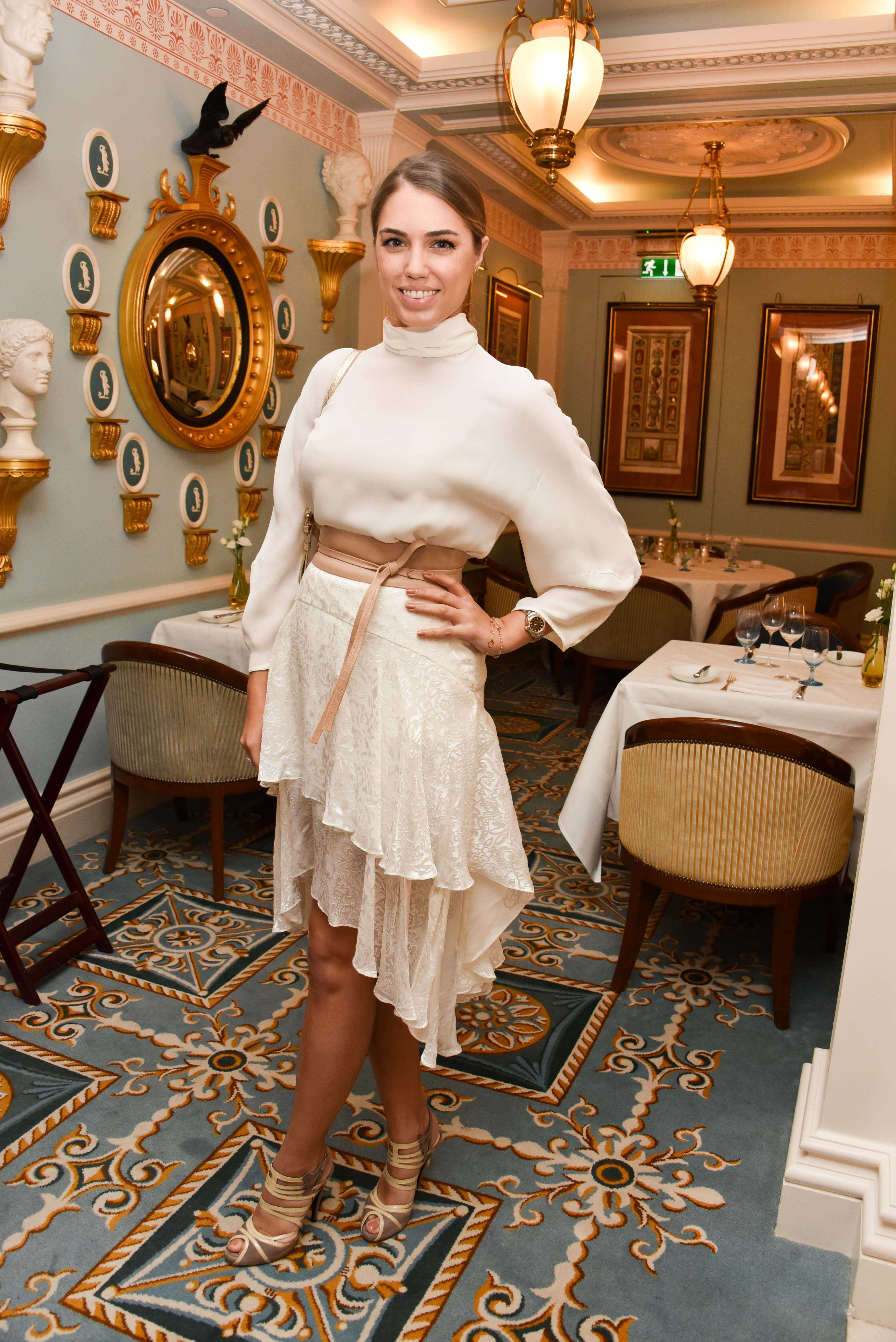 Amber Le Bon Nude 49 hot pictures of amber le bon are here to turn your sad