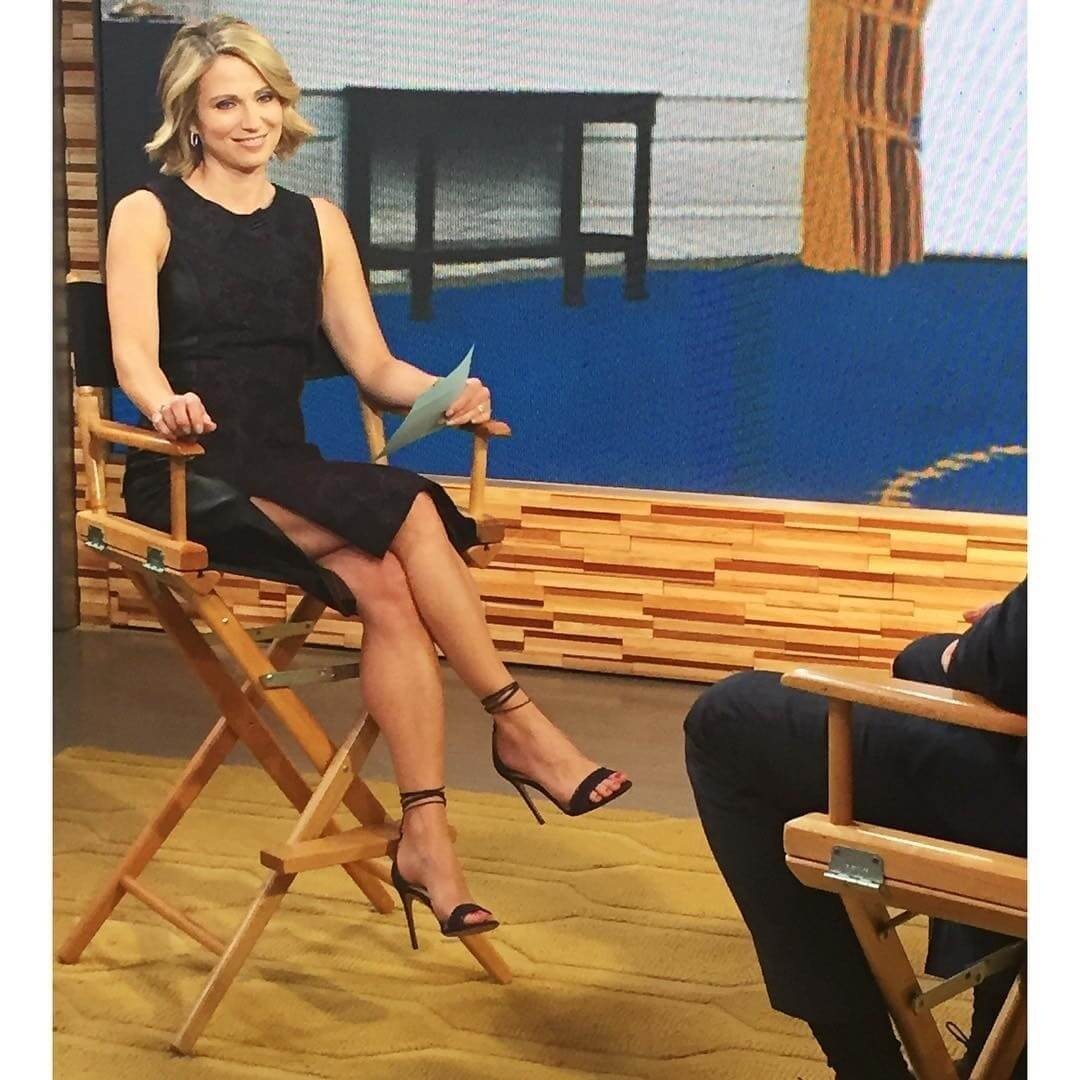 Amy Robach foot soles (1)