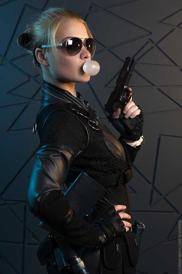 Cassie Cage busty pic (2)