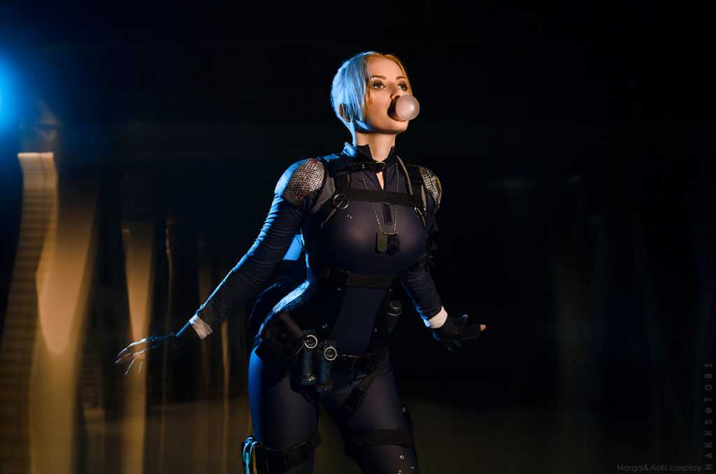 Cassie Cage hot look (2)
