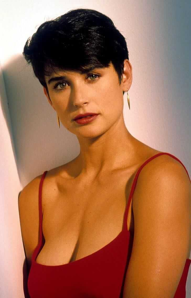 Demi moore boobs