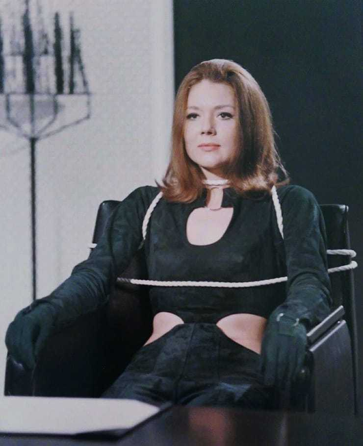 Diana Rigg awesome pic (1)