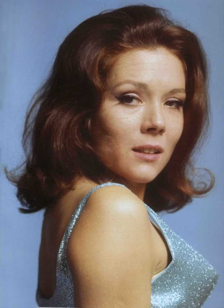 Diana Rigg awesome pic (2)