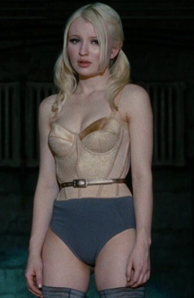 Emily browning sexy busty pictures (1)