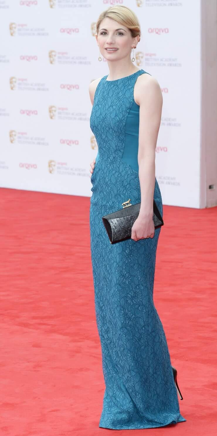Jodie Whittaker sexy booty pics (2)