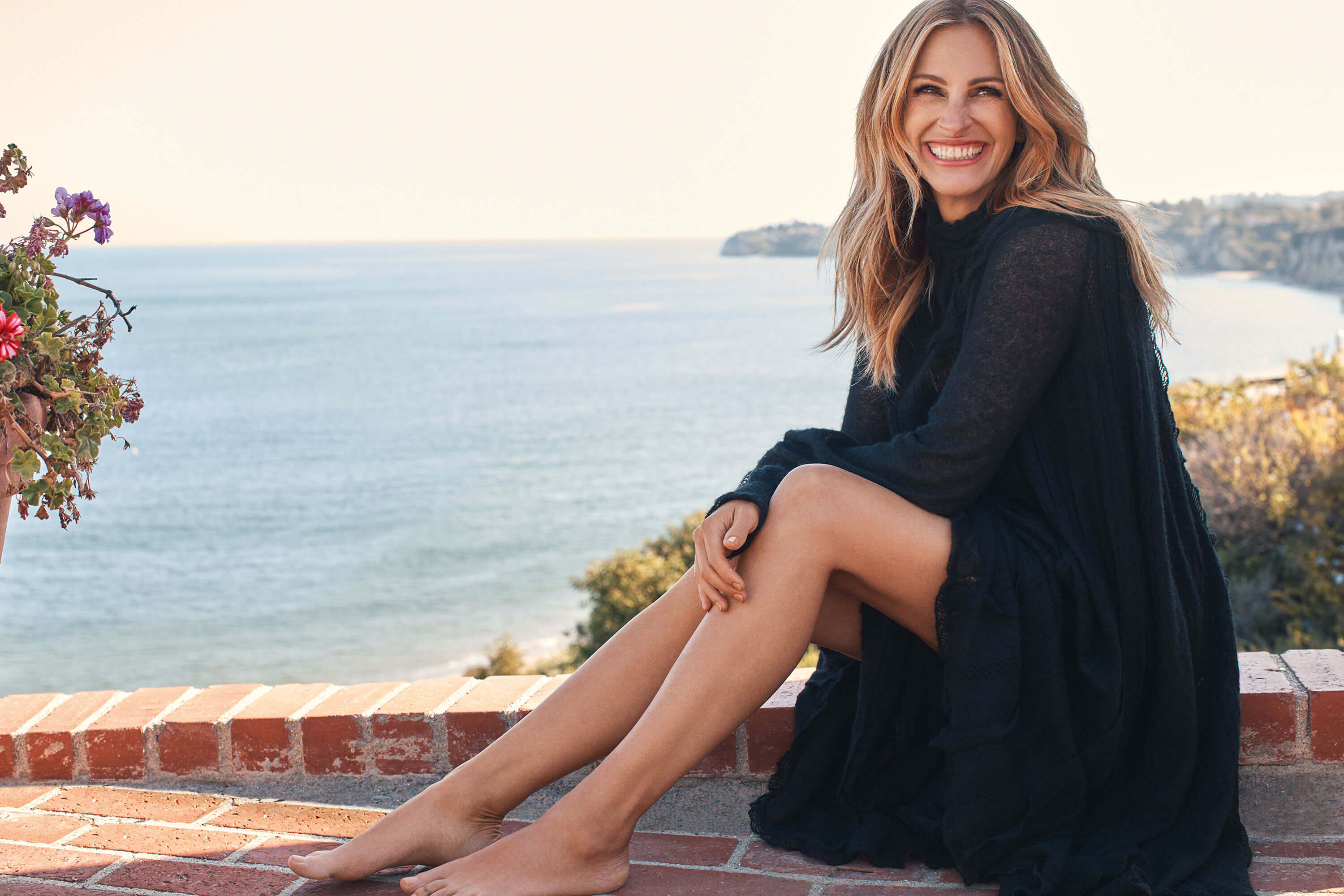 49 Sexy Julia Roberts Feet Pictures Are Too Much For You To Handle