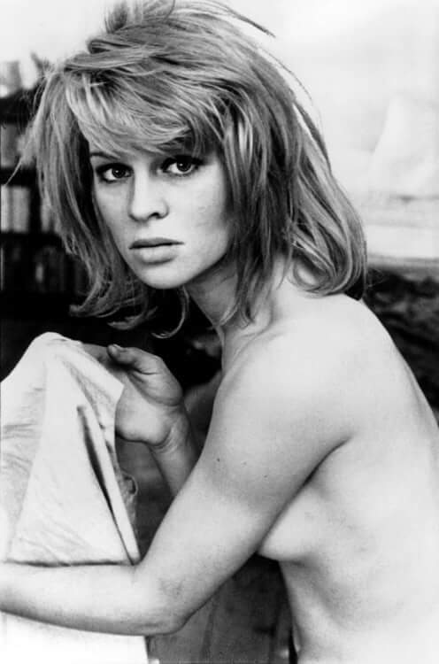 49 Hot Pictures Of Julie Christie Are Like Heaven On Earth