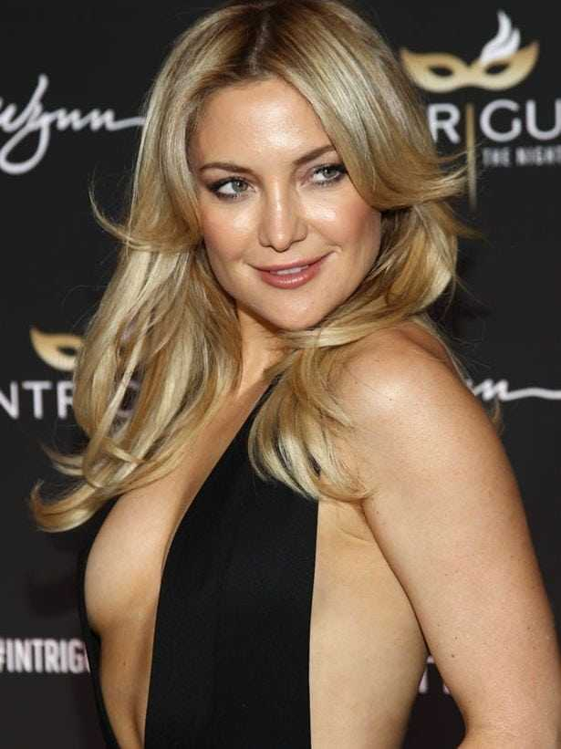 Kate Hudson sexy look