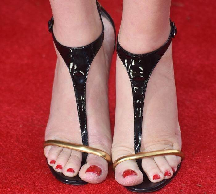 Kate Winslet sexy Feet image