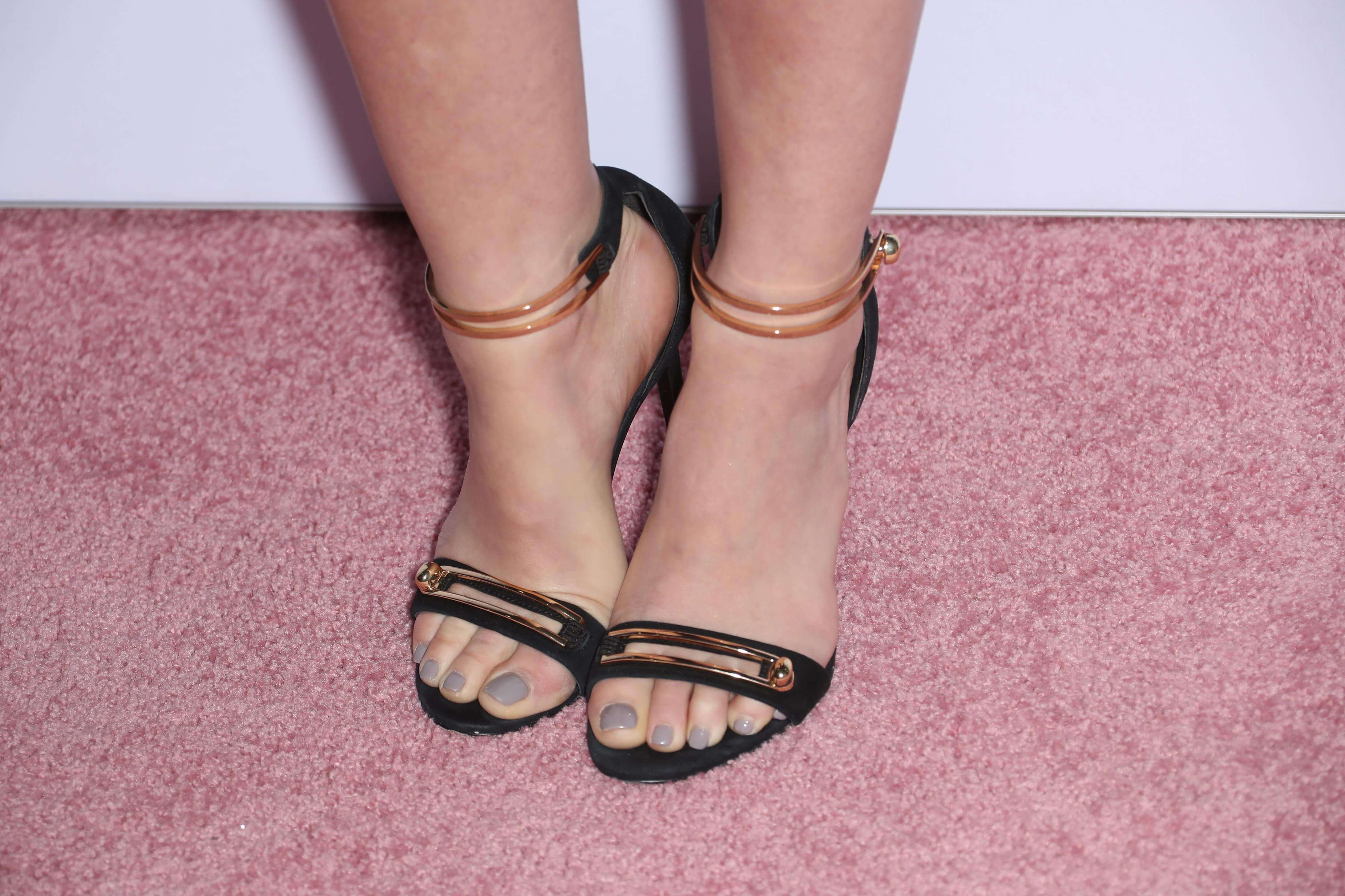 Richie lucy daily feet