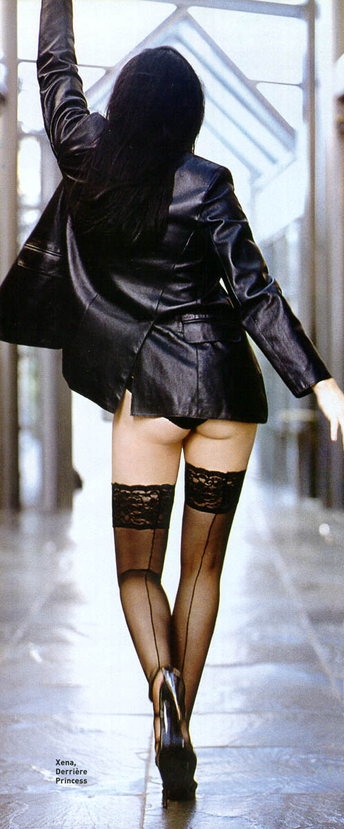 Lucy Lawless ass hot