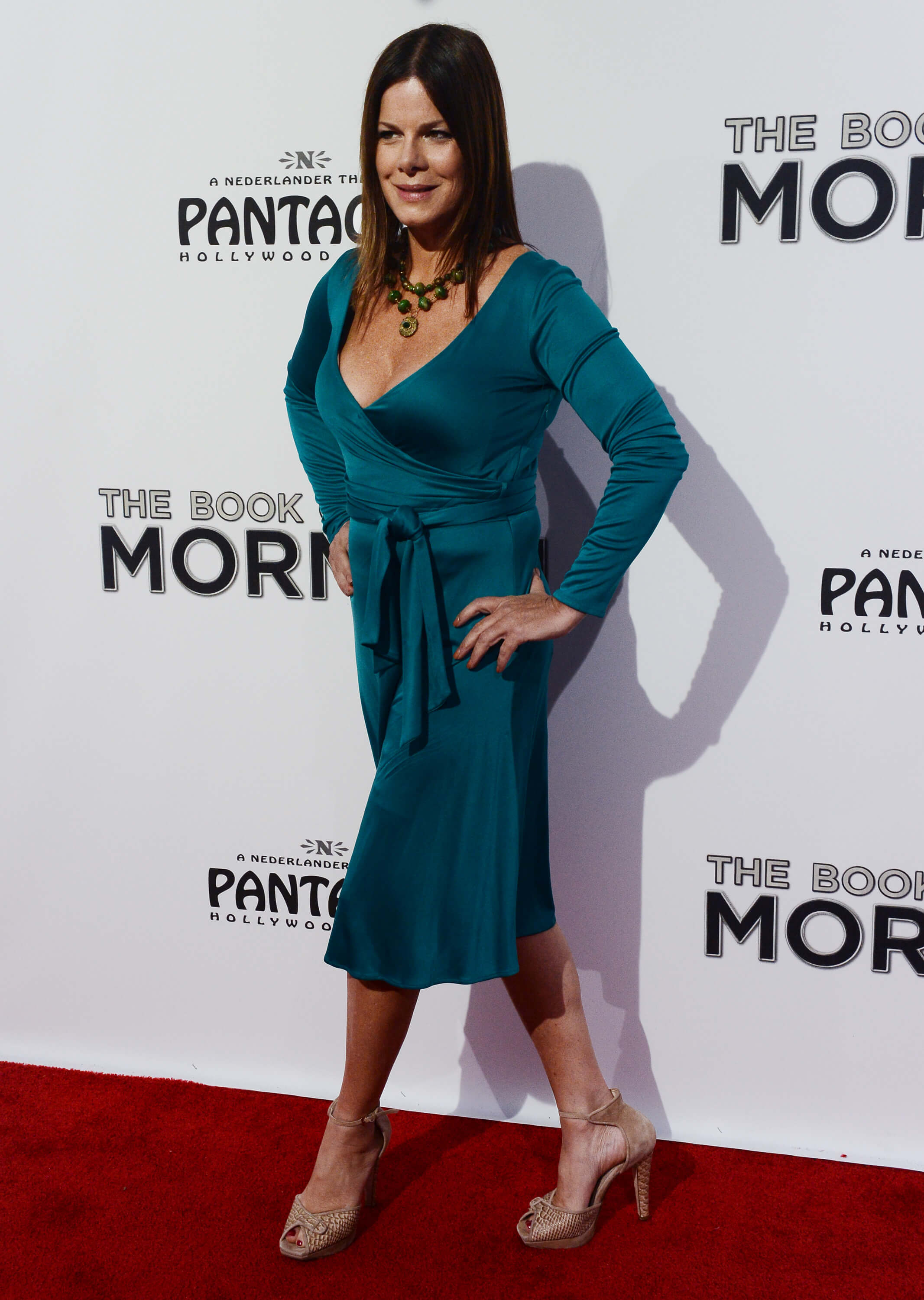 Marcia Gay Harden hot side pic (2)