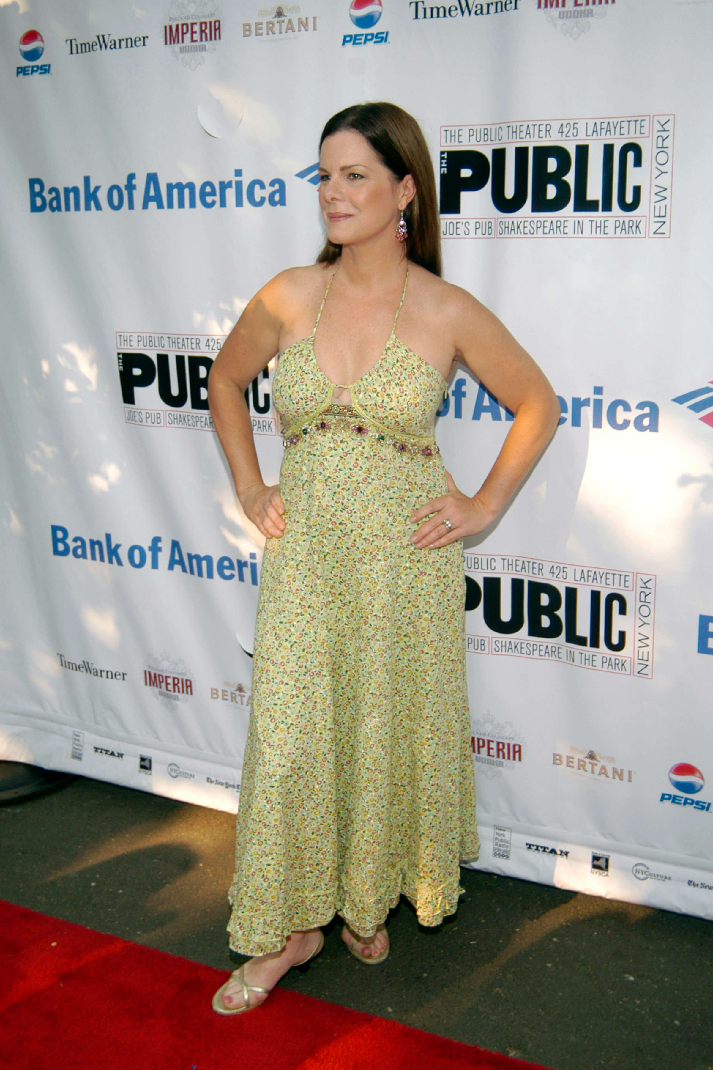 Marcia Gay Harden sexy busty pic (2)