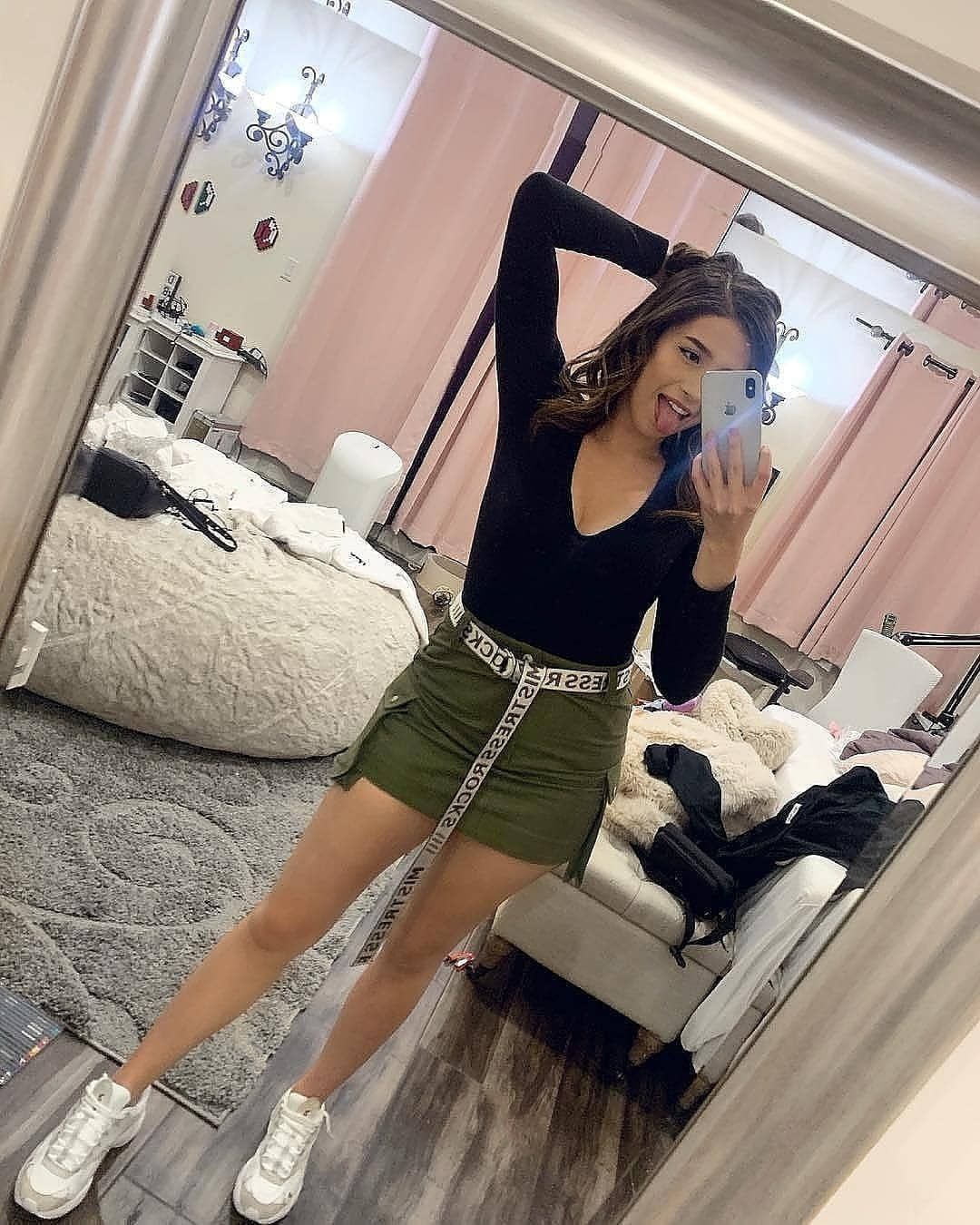 hot pictures of pokimane which will make you want to