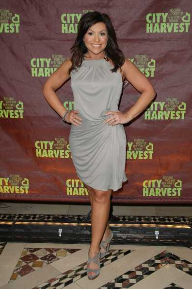 35 Rachael Ray Hot Pictures Will Prove That She Is Sexiest Woman In This World   Best Of Comic Books