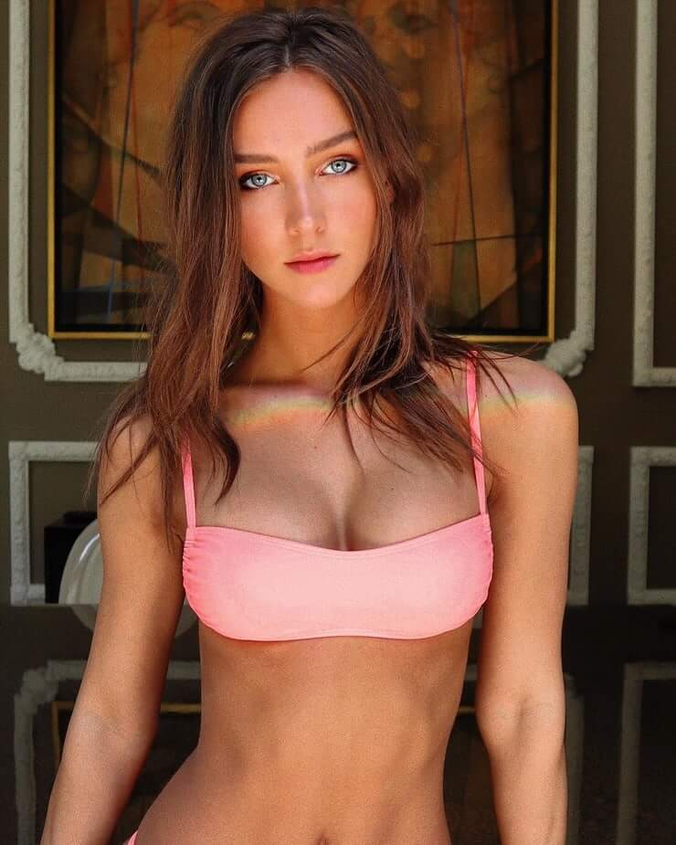 Rachel Cook boobs pictures