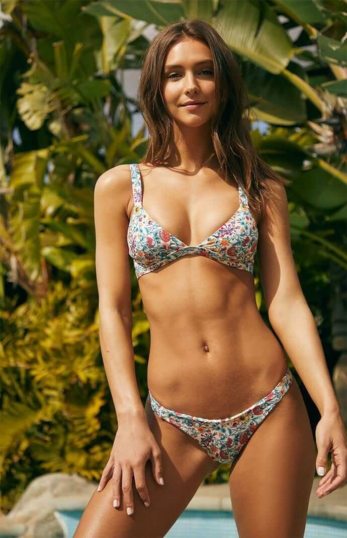 Rachel Cook hot bra pictures