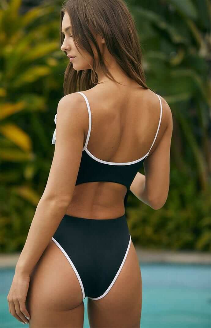Rachel Cook sexy butt pictures