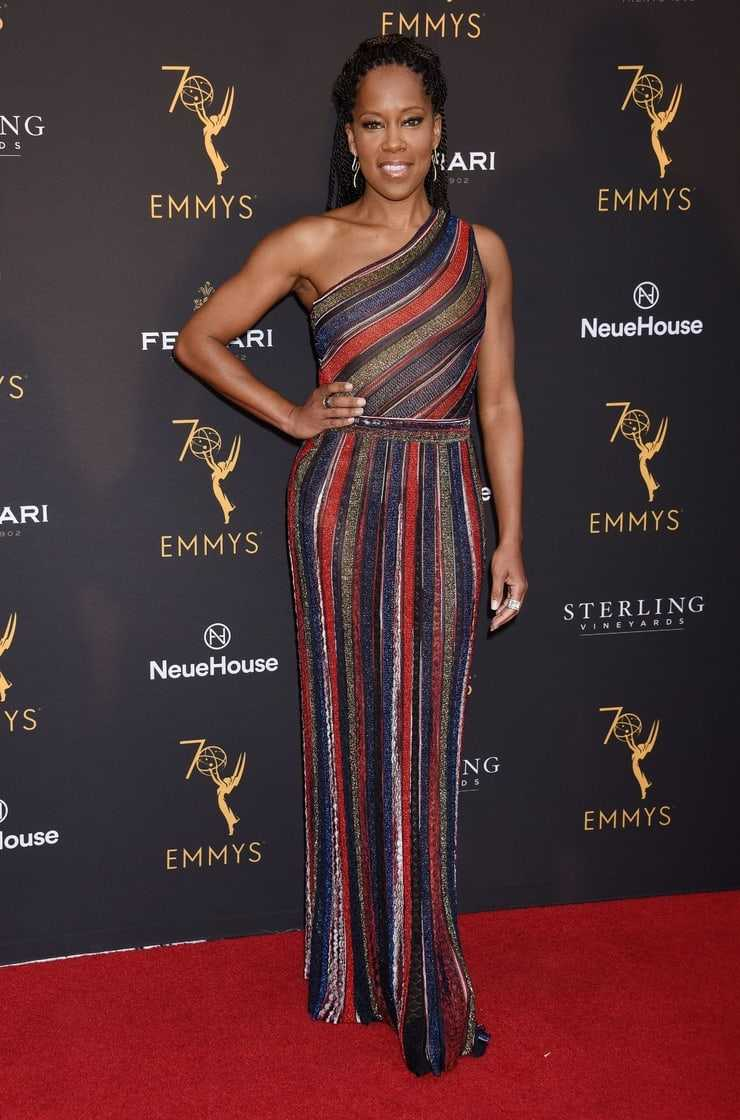Regina King hot look pics (2)