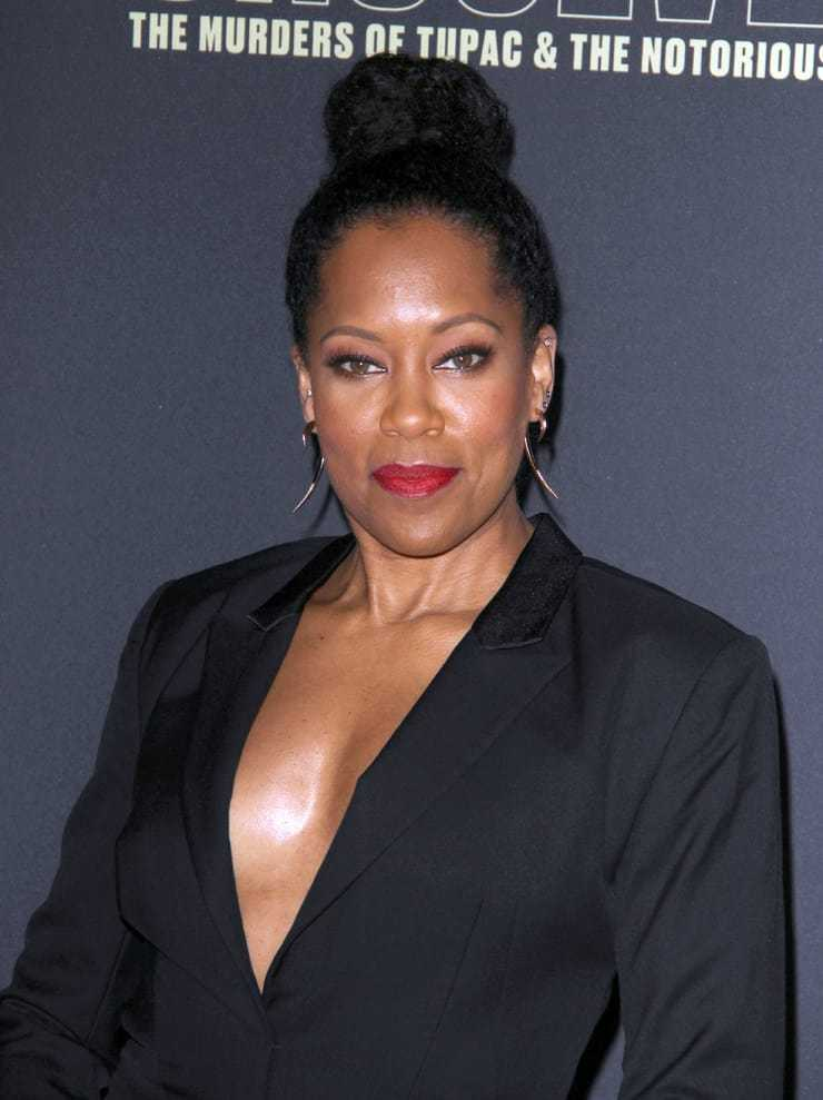 Regina King side boobs pics