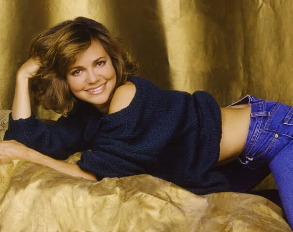 Sally Field hot look pics
