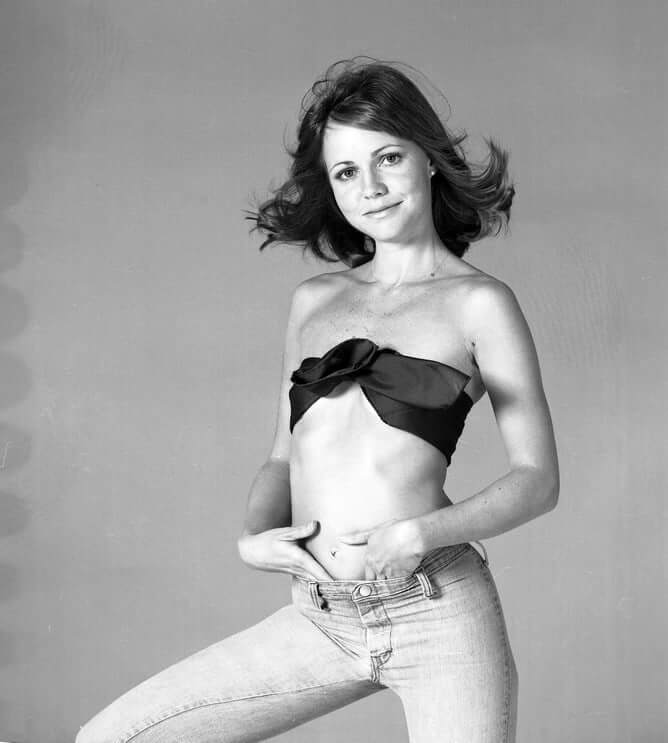 Sally Field hot pictures