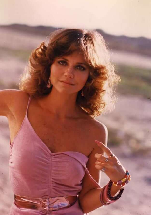 Sally Field sexy pictures