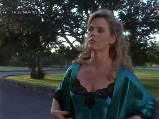 Susan Dey hot cleavage pics