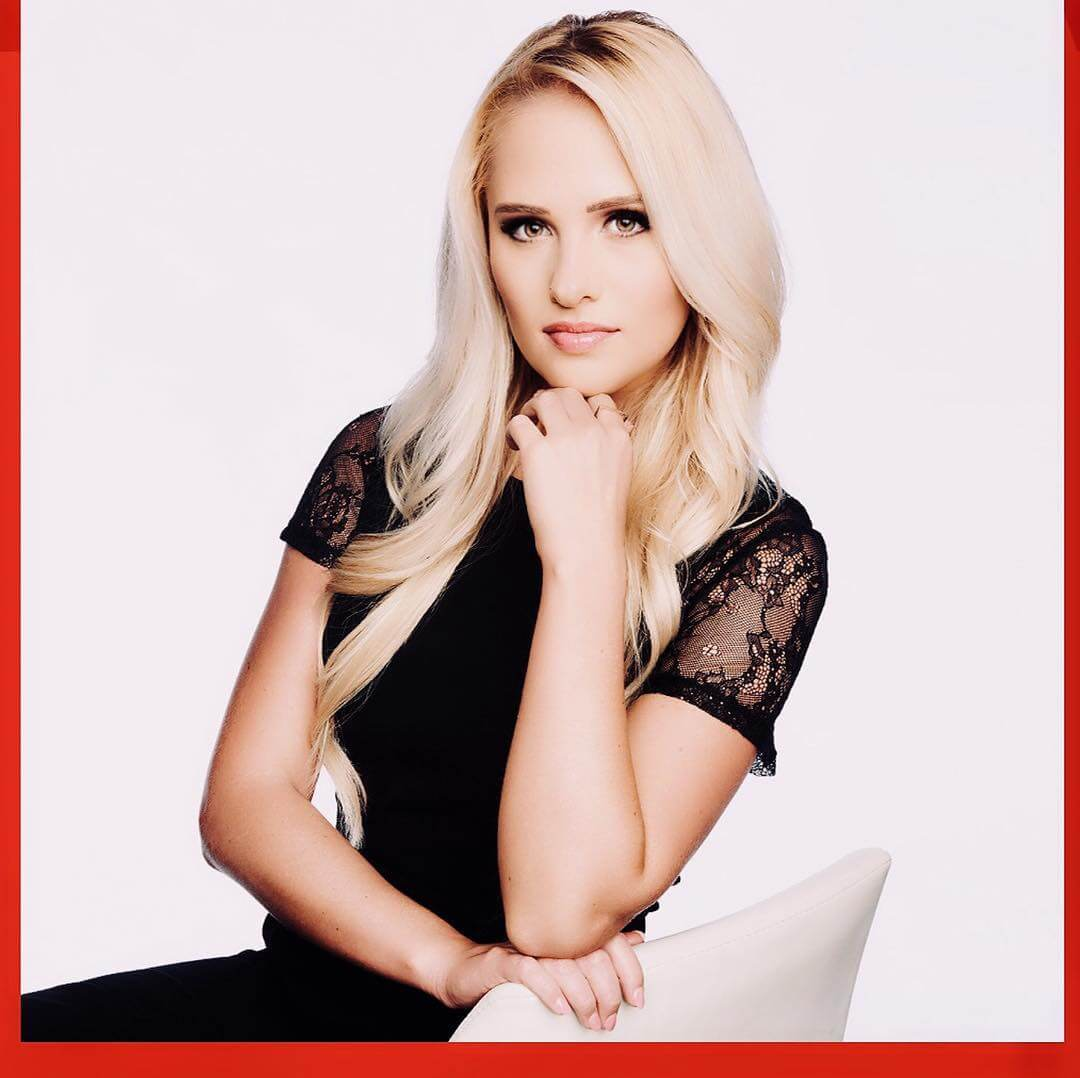 Tomi Lahren hot look pictures (4)