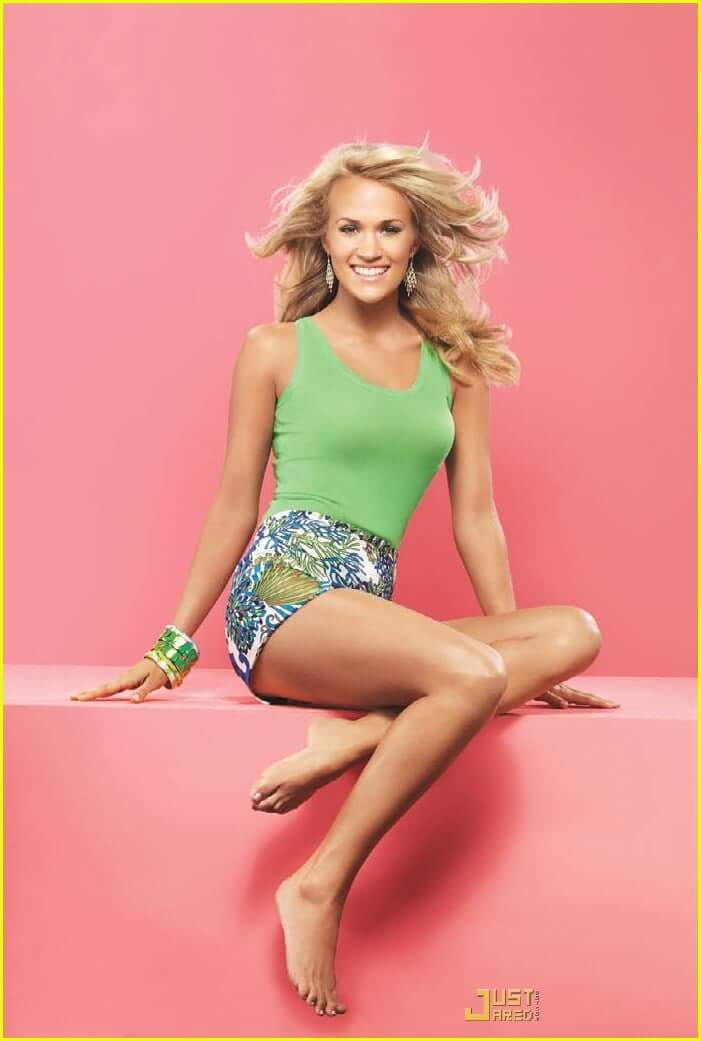 carrie underwood feet