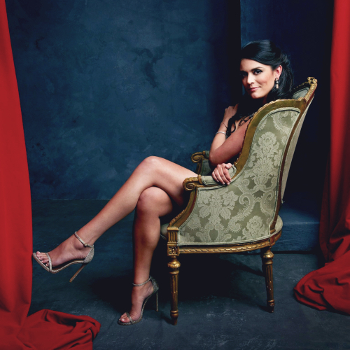 cecily strong sexy legs