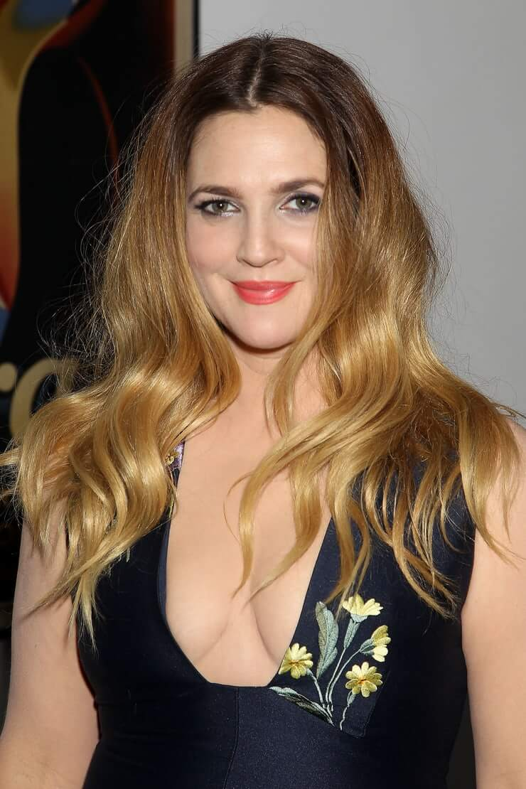 drew barrymore cleavage photo