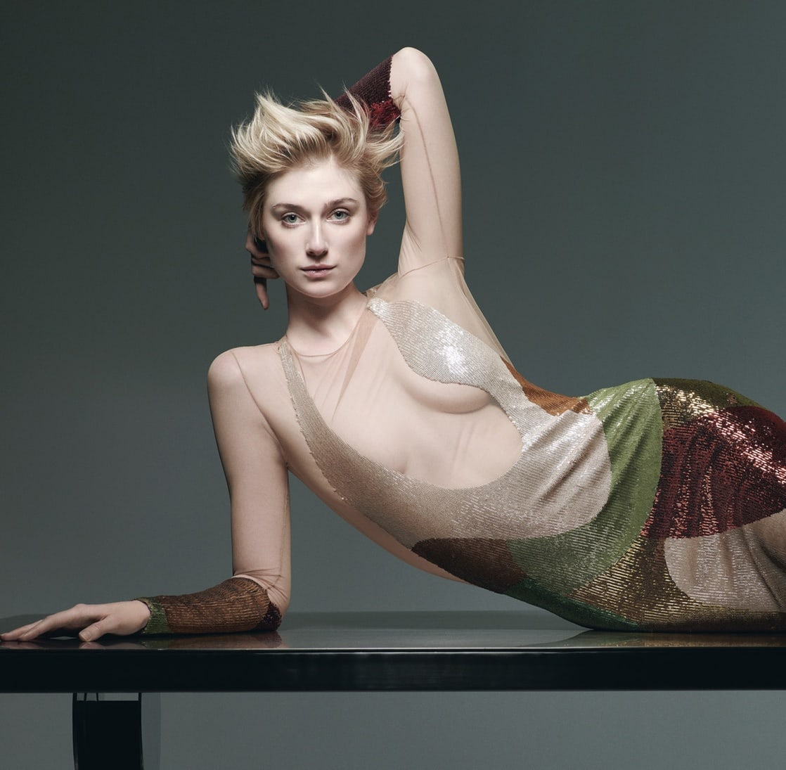 elizabeth debicki boobs