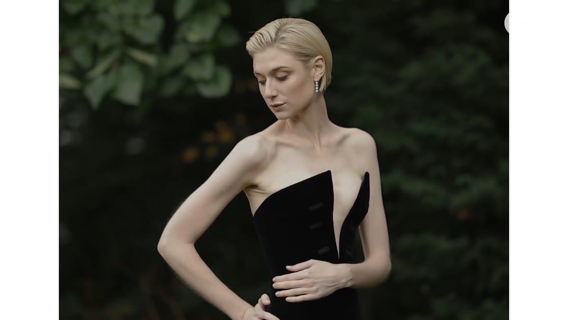 elizabeth debicki hot boobs