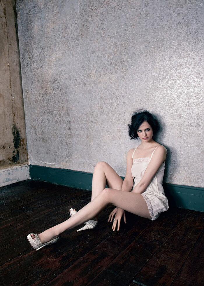 eva green Beautiful Feet Image